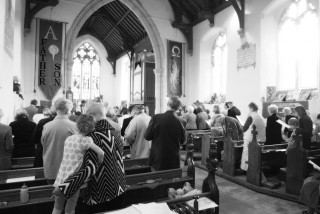 Maundy Thursday Communion, with informal contemporary worship
